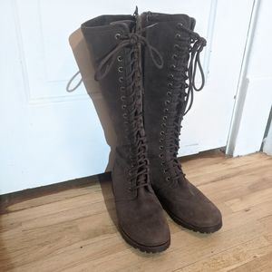Cole Has leather winter/fall boots size 8